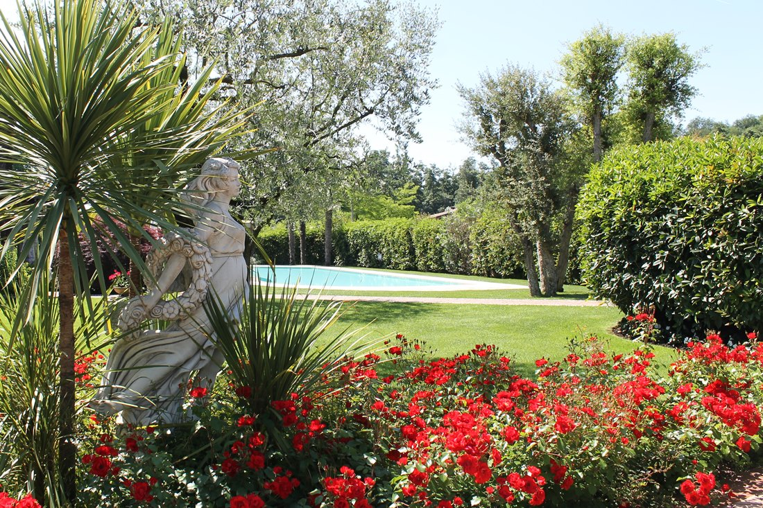 Vivaio Peschiera Del Garda realizzazioni di parchi giardini aiuole aree verdi pubbliche
